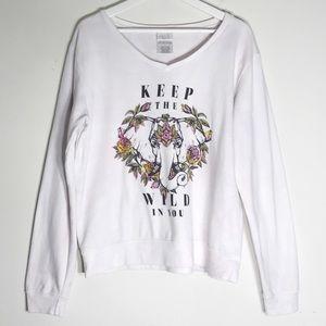 Freeze Boho Keep The Wild V-Neck Sweatshirt L